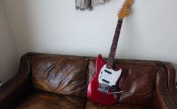 Fender Japan Mustang MG69 フレットと指板の掃除